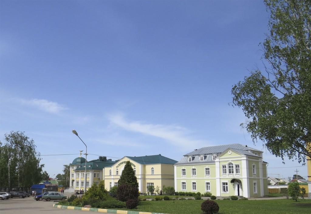 Паломнический центр в Свято-Троицком Серафимо-Дивеевском монастыре (Дивеево)