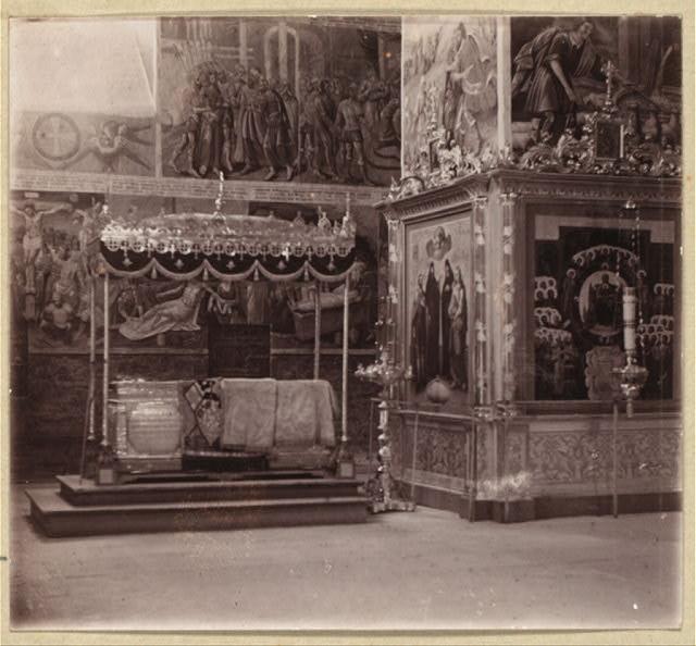 Рака Пр. Александра Свирского. Подарок царя Михаила Феодоровича